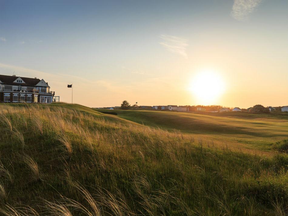 Enjoy a round of golf in sunny Norfolk