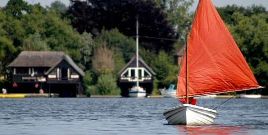 Enjoy sailing on the Norfolk Broads